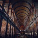 たくさんの本がある図書館