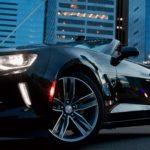 黒い色のかっこいい車